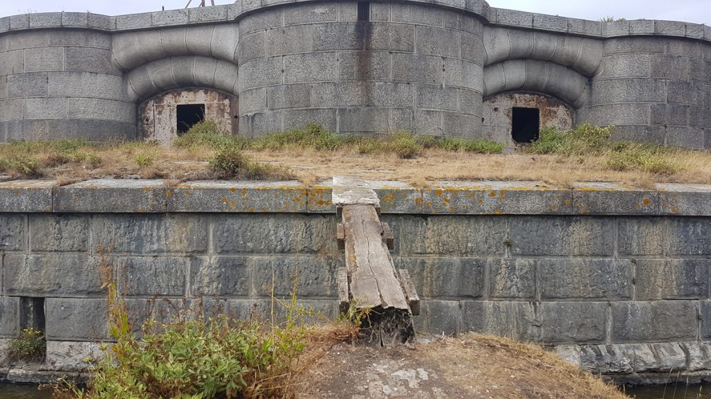 Fort Darnet gangplank
